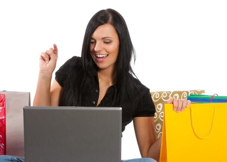 Як відкрити інтернет-магазин одягу в Україні